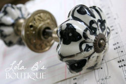 LolaB's_Doorknob