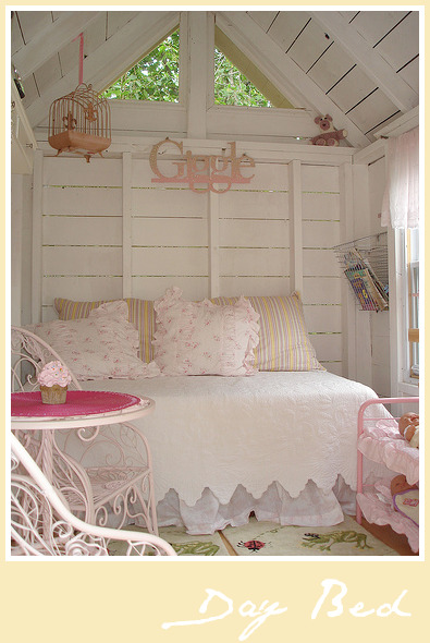 LindaMacDonald_DayBed