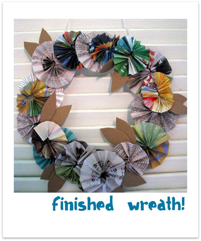 Paper wreath 4 hanging