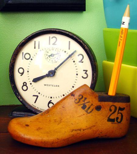 Studio pencil holder
