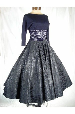 Designer Prom Dress on Vintage Indie  Special Guest Blue Velvet Vintage   Vintage Fashion