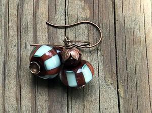 Caretobead_earrings