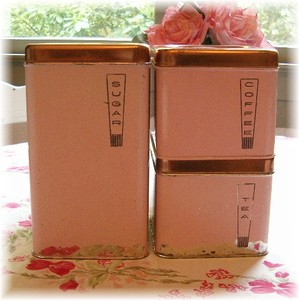 Pink_canister_shabby_suite